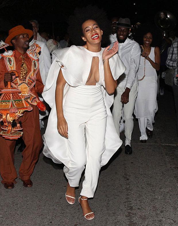 ชุดแต่งงาน Solange น้องสาวของ Beyoncé
