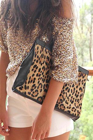 ชุดปักเลื่อม สีเงิน กระเป๋าลายเสือดาว Sabo Skirt