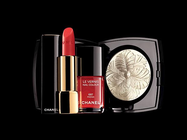 Chanel CRÉATION EXCLUSIVE Camélia de Plumes, ROUGE ALLURE 227 Volage, LE VERNIS 687 Phénix.