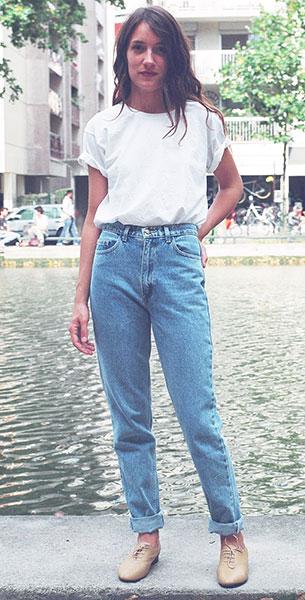 กางเกงยีนส์ทรง Mom American Apparel เสื้อยืดสีขาว