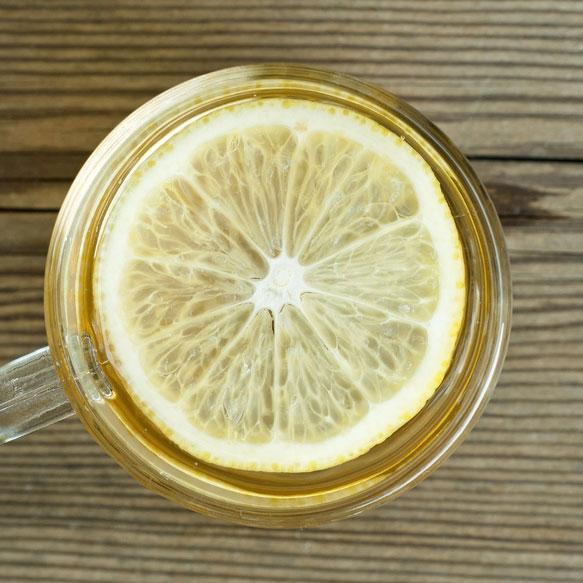 ดื่มน้ำมะนาวในตอนเช้า ช่วยระบบย่อยอาหาร