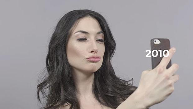 ปากเป็ดเซลฟี่ในยุค 2010