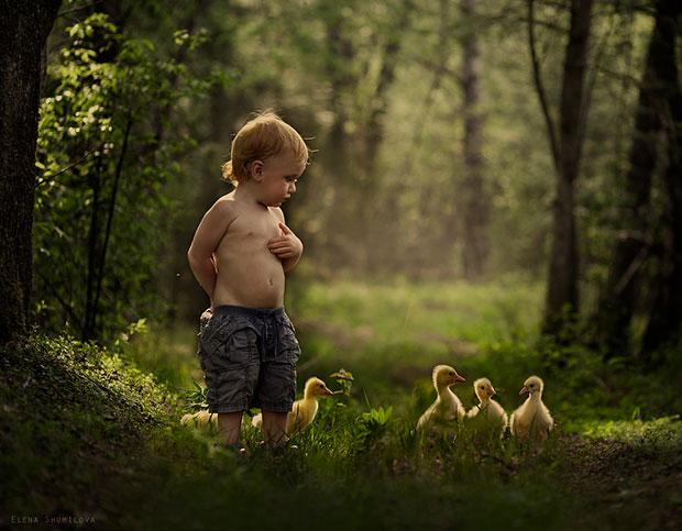 ภาพถ่ายเด็กและสัตว์เลี้ยง