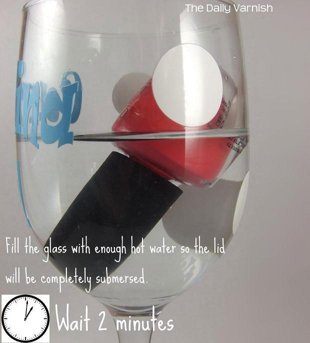 วิธีเปิดฝาน้ำยาทาเล็บที่เหนียวหนืดและเปิดยาก