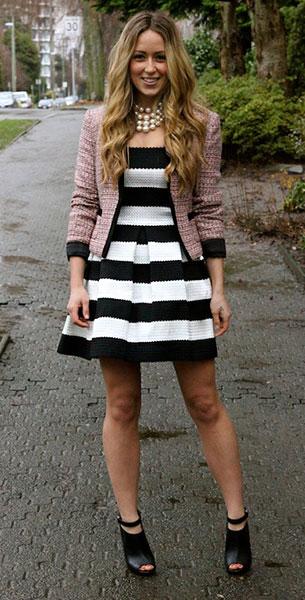เดรสลายขวาง ขาวดำ Beginning Boutique เสื้อคลุม H&M รองเท้าส้นสูง Shoemint รองเท้าบู้ทสร้อยคอ Jewelmint