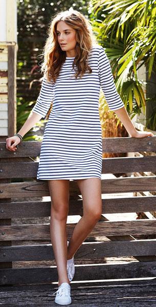เดรสลายขวาง ขาวน้ำเงินเข้ม Hush UK Cornflower White Catherine Dress