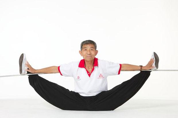 ตูอาน ซิงฝู Duan Tzinfu นักกายกรรม ผู้สูงอายุ