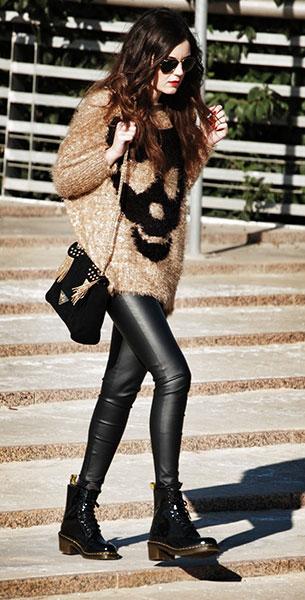 รองเท้า Dr. Martens สเว็ตเตอร์ Sheinside กางเกง Zara กระเป๋า Pull&Bear