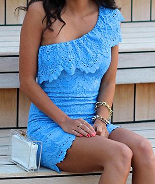 ชุดเปิดไหล่ข้างเดียว สีฟ้า NightCap รองเท้า Zara กระเป๋า MNO.logie