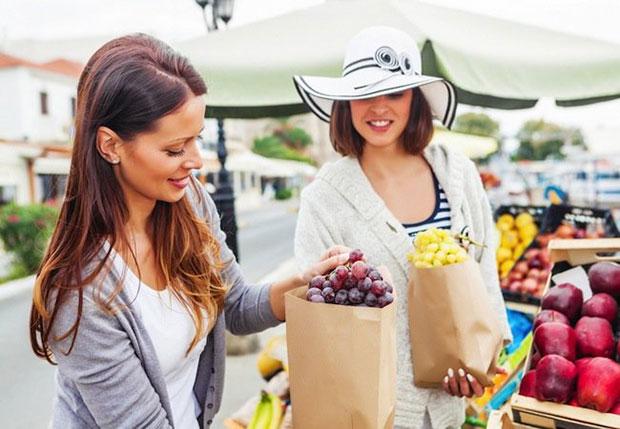 เลือกซื้ออาหารที่สดใหม่เพื่อสุขภาพ