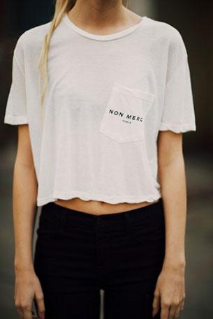 เสื้อครอปสีขาว Brandy Melville Non Merci