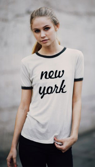 เสื้อยืดสีขาว Brandy Melville New York