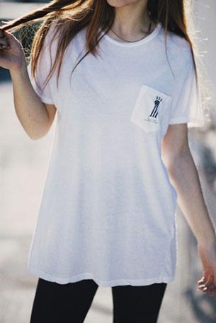 เสื้อยืดสีขาว Brandy Melville USA 1