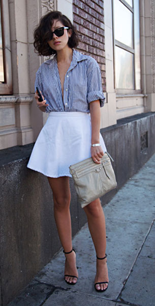 เสื้อเชิ้ตลายตั้งขาวดำ Wasteland กระโปรงบานสั้นสีขาว American Apparel กระเป๋า Balenciaga แว่นตากันแดด Ray Ban