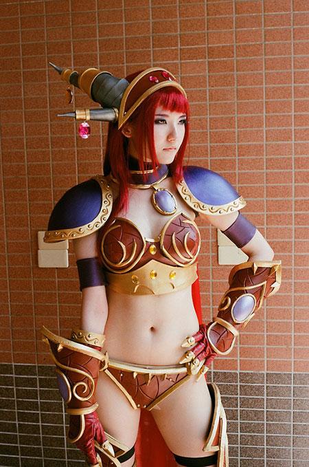 คอสเพลย์ Alexstrasza, the Life Binder, World of Warcraft