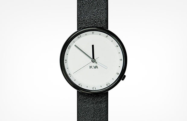 นาฬิกาสไตล์มินิมอล ดีไซน์ขาวดำ