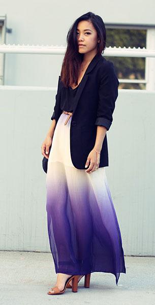 กระโปรงไล่สี Sugarlips, เสื้อกล้ามสีดำ Brandy Melville, เสื้อสูท สีดำ H&M, รองเท้า Zara
