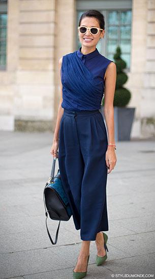 กางเกง Culottes สีน้ำเงิน, เสื้อแขนกุดสีน้ำเงิน