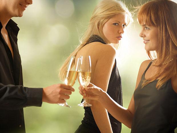 ตกหลุมรักเพื่อนสนิทหรือแค่กำลังสับสน