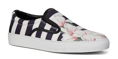 รองเท้าลายตั้งขาวดำ ลายดอกไม้ Mother of pearl