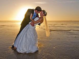 วิธีจัดงานแต่งงานริมชายหาด