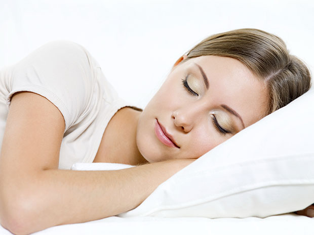 วิธีดูแลผิวไม่ให้เป็นสิว นอนให้เพียงพอ