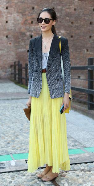 เสื้อสูท Ombre สีดำขาว, กระโปรงสีเหลือง, Milan Fashion Week Spring 2013
