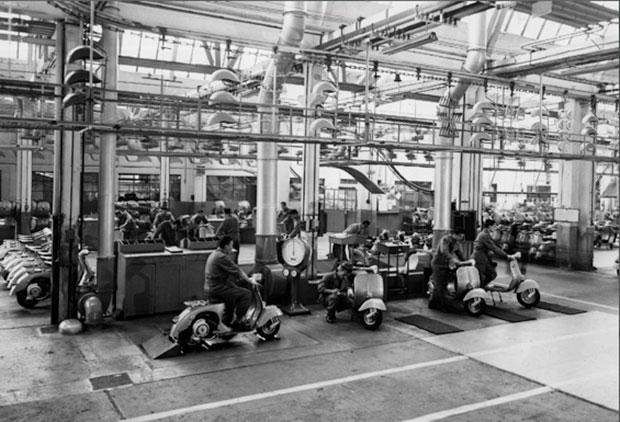 โรงงานผลิตเวสป้าในอดีต