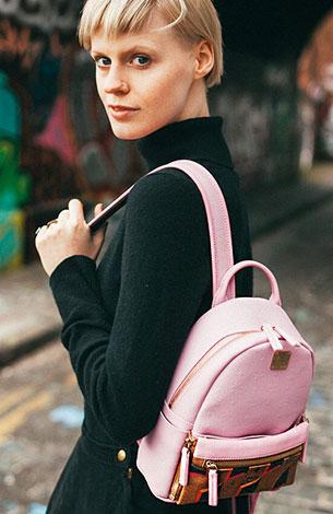 กระเป๋าเป้ผู้หญิง สีชมพู