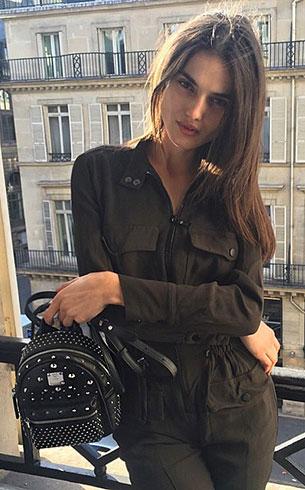 กระเป๋า MCM สีดำ หมุดสีเงิน