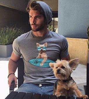 ผู้ชายเลี้ยงหมา