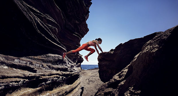 รองเท้าออกกำลังกายสำหรับผู้หญิง