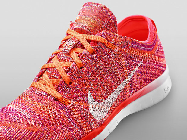 รองเท้า Nike Free TR 5 Flyknit
