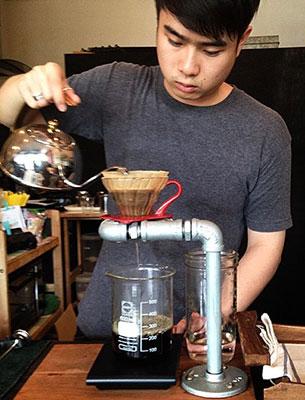 ร้านกาแฟ Factory Espresso Bar สถานีรถไฟฟ้าอนุสาวรีชัย
