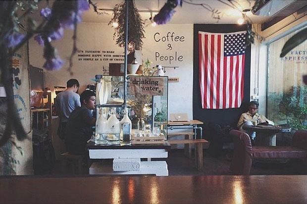 ร้านกาแฟ Factory Espresso Bar