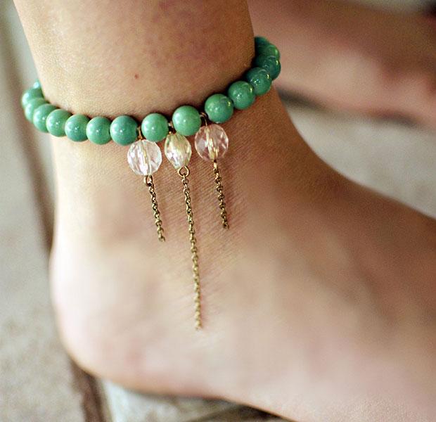 สร้อยข้อเท้าลูกปัดสีเขียว