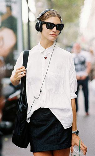 เสื้อเชิ้ตสีขาว, กระโปรงหนัง, รองเท้าบู๊ท, Chloe Bello, Paris Fashion Week Spring Summer 2014