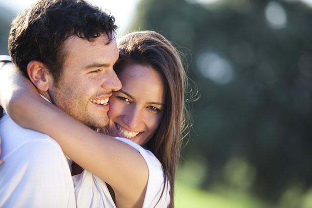 คู่รักที่มีความสุข รักษาความโรแมนติก