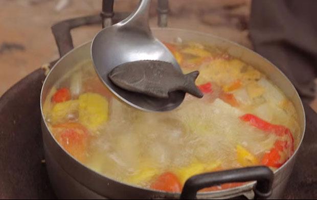 ต้มปลาเหล็กในน้ำซุป