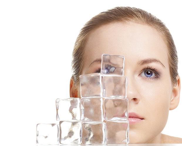 ใช้น้ำแข็งบรรเทาอาการตาบวม