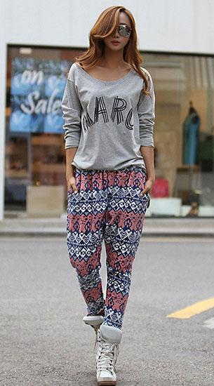 กางเกง Harem ลายพิพม์ม เสื้อสีเทาสสกรีน
