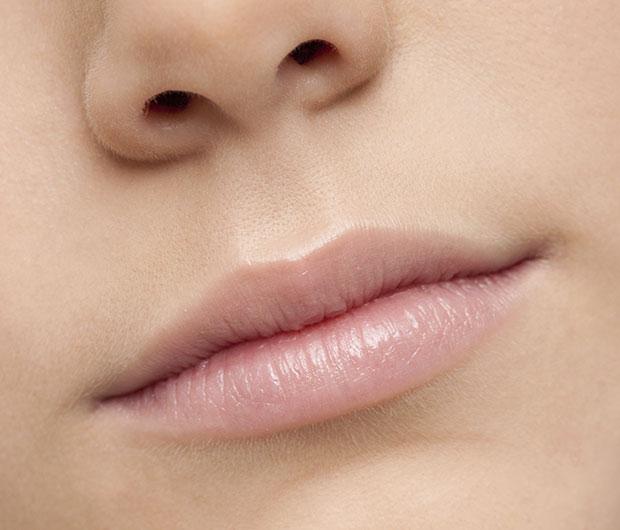 ประโยชน์ของมะนาว ช่วยบำรุงริมฝีปาก