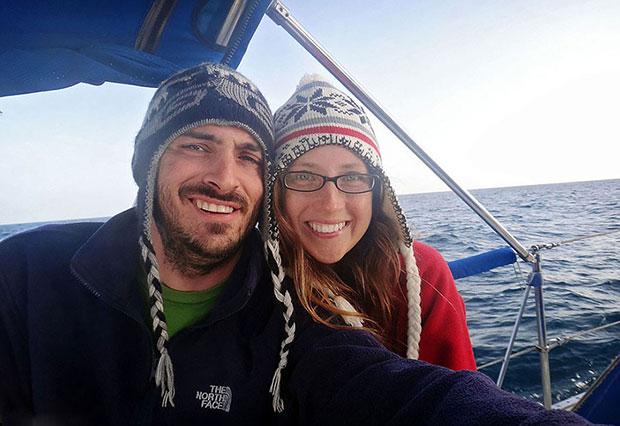 แมตต์ และ เจสสิก้า จอห์นสัน ลาออกจากงานเพื่อล่องเรือทั่วโลก