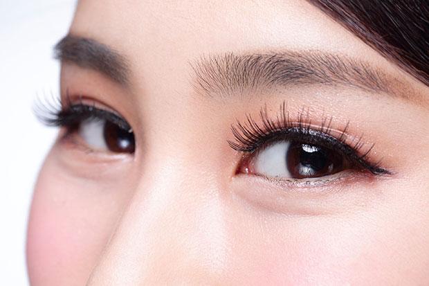 ดวงตาของผู้หญิงทำให้ผู้ชายหลงใหล