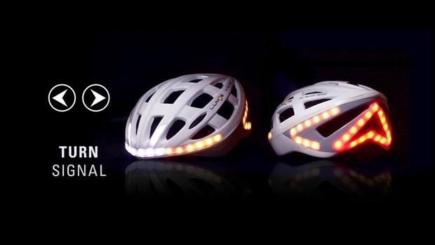 หมวกกันน็อคจักรยานที่มีสัญญาณไฟเลี้ยว