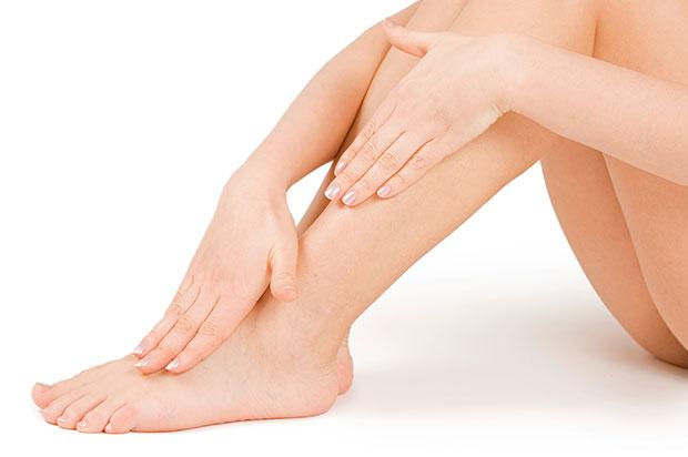 เคล็ดลับความงามจากปิโตรเลียมเจลสำหรับมือ เท้า ผิวกาย
