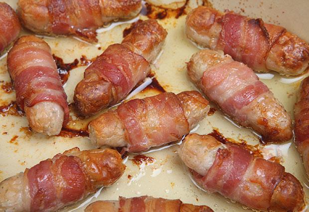 เบคอนกับไส้กรอกมีแนวโน้มก่อมะเร็ง