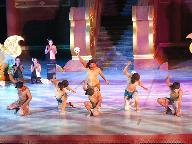 การแสดงของพม่า
