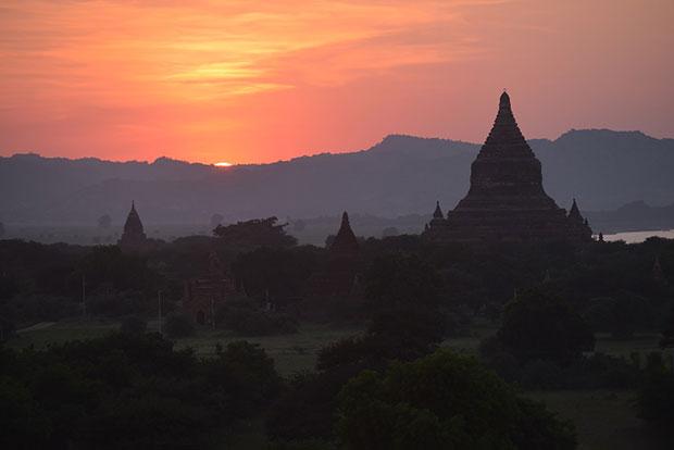 ชมพระอาทิตย์ตก ประเทศเมียนมาร์