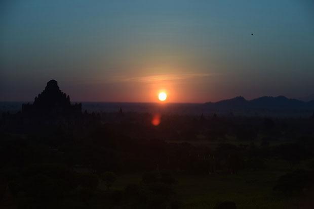 ชมพระอาทิตย์ ประเทศเมียนมาร์
